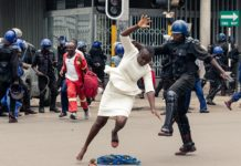 Zimbabwe police use force to disperse opposition crowd