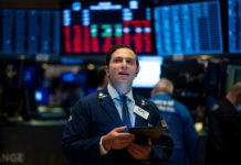 US futures point to higher open