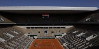 French Open fans cut to 1,000