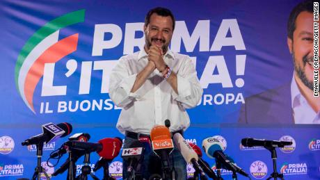 Investigation into a possible scheme between Russia and Italian political party